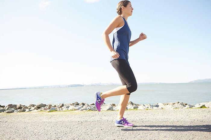 뒤로 달리면 얼마나 더 칼로리가 소비될까?